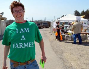 "Luke Bruner wearing the ""I AM A FARMER"" t-shirt"